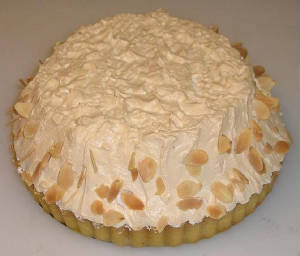 GATEAUX/lemon_meringue_tart_whole.JPG