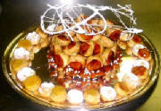 OCCASIONS/croquembouche_baquet_1a.JPG