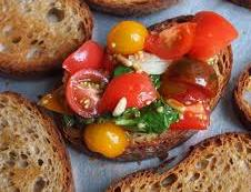 glossary_b/brushetta_tomato_heirloom.jpg